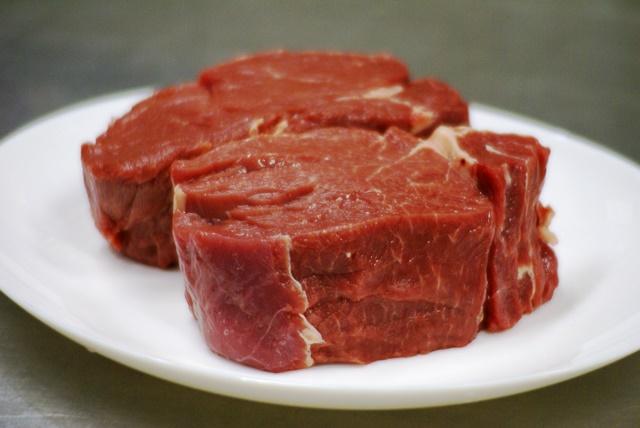 厚切り牛フィレステーキ